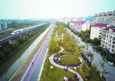 南京市栖霞区百水河从臭水河变身风光带