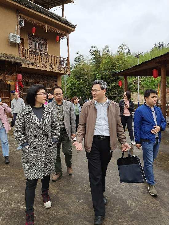 桂林市创建国家可持续发展议程创新示范区专家团队到兴安县调研