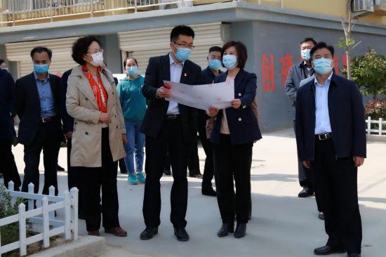 山东省妇联到第一书记帮包村开展主题党日活动