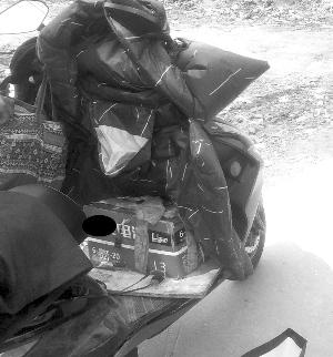 蘇州男子騎電動車往返百公裡盜竊 帶10組備用電瓶續航