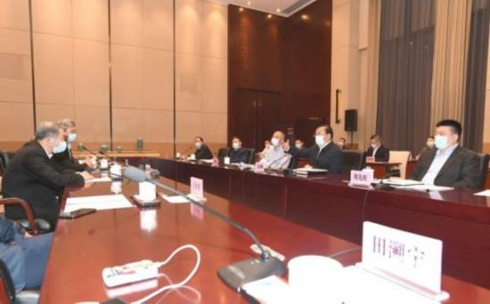 王忠林与陈东升等企业家座谈:武汉是发展宝地,欢迎各位企业家深耕助力!