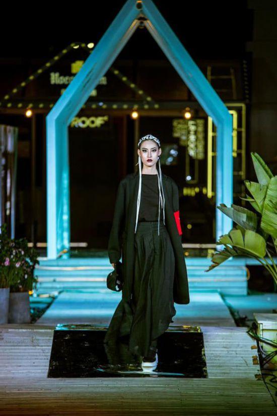 LIUYONG PLAY·顾天夫时装发布  专业买手和时尚达人高度关注