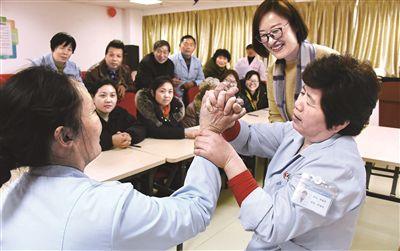 泰州:多渠道开发就业岗位 打造15分钟就业服务圈