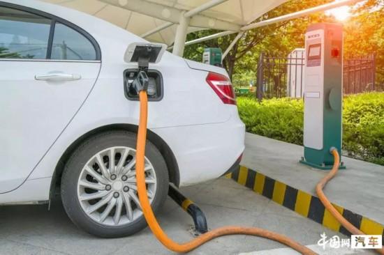 海南为促进汽车消费购新能源车奖励1万元