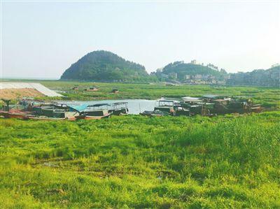 鄱阳湖禁捕:左脚离船 右脚登岸