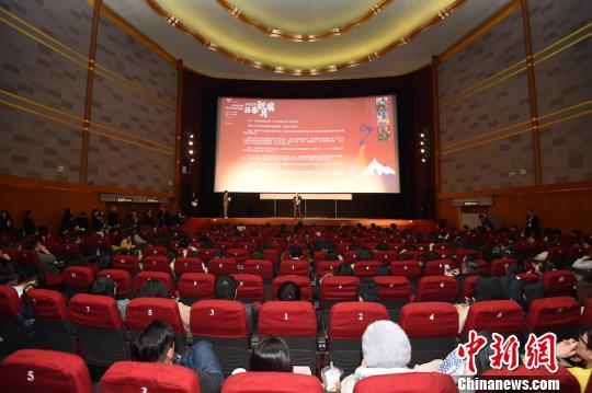 全球电影院何时恢复营业?多部大片改为网络播出