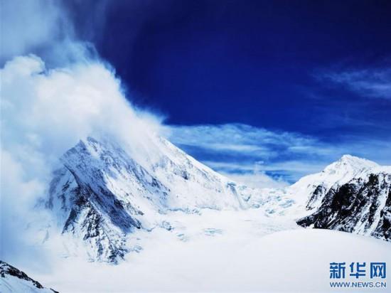 (2020珠峰高程測量·新華視界)(20)看珠峰雲卷雲舒 觀巔峰千姿百態