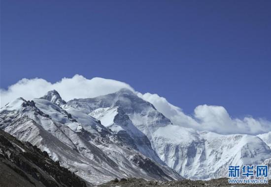 (2020珠峰高程測量·新華視界)(9)看珠峰雲卷雲舒 觀巔峰千姿百態