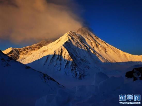 (2020珠峰高程測量·新華視界)(23)看珠峰雲卷雲舒 觀巔峰千姿百態