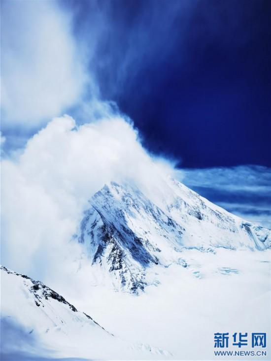 (2020珠峰高程測量·新華視界)(21)看珠峰雲卷雲舒 觀巔峰千姿百態