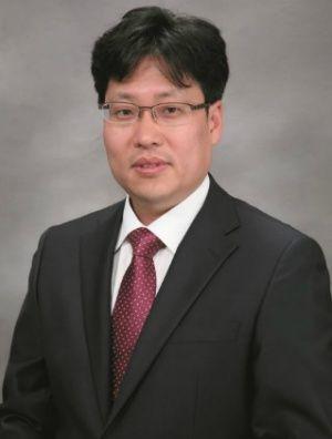 韩国现代经济研究院新兴市场部部长韩载振(资料图)