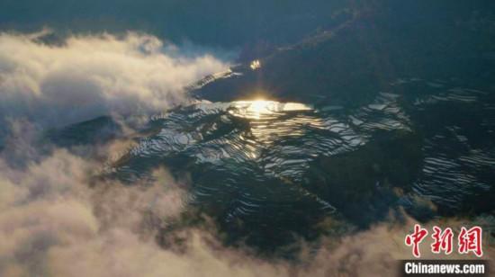 徐展中国地理图景《航拍中国》第三季《一同飞越》正式开播