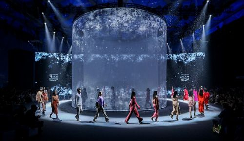 北京时装周思新求变  赋予品牌新内涵