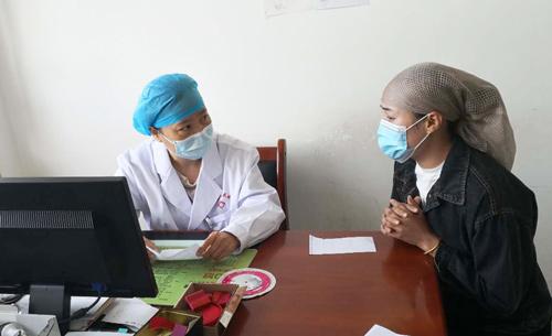 脱贫攻坚决战决胜之年:火箭军特色医学中心对口精准医疗帮扶再出发