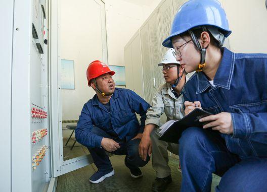 大力推进宁夏电力首个5G试验网工程试点尽快落地