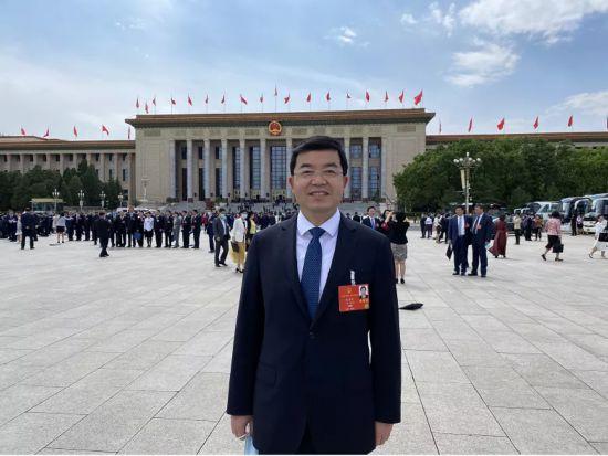 """威必威委书记张海波代表:坚持""""六个精"""",打造必威bet样本"""