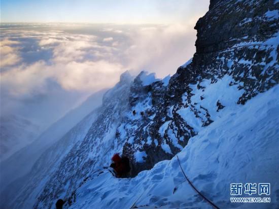 (2020珠峰高程测量)(1)登顶在望