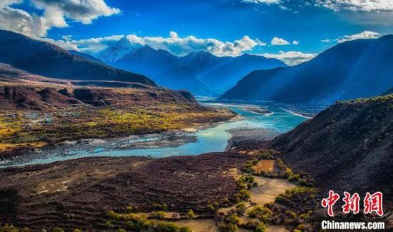 西藏雅鲁藏布大峡谷积极推进5A旅游景区创建