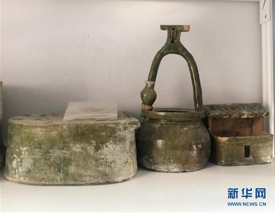 (图文互动)(1)黄河边发现大型古墓群 出土文物2000余件