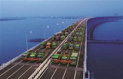 沪通长江大桥启动静载试验 将持续三天