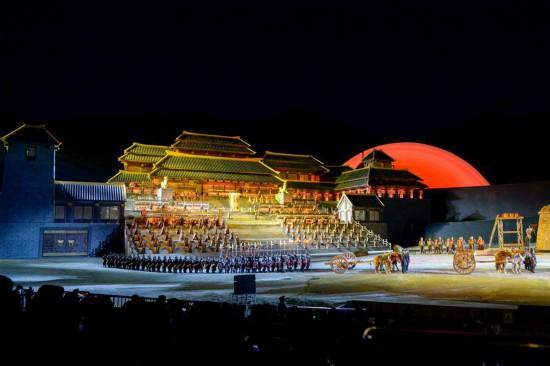 (社会)(1)大型实景神话音乐剧《昆仑之约》在乌鲁木齐上演