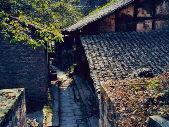 """重庆一个""""山水古镇"""",避暑纳凉的好去处,已有1300年历史"""