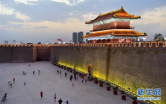#(社會)(1)河北正定:古城夜經濟釋放新活力