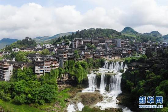 (图文互动)(1)美了乡村 富了山民――湖南崛起一批文旅特色小镇