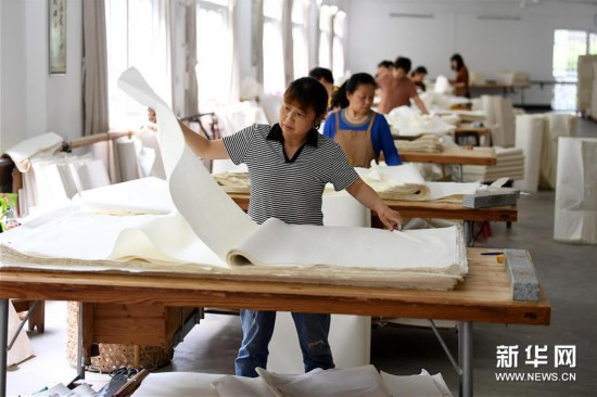 (文化)(15)探秘宣纸传统制作工艺