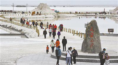 茶卡鹽湖景區旅游已升溫