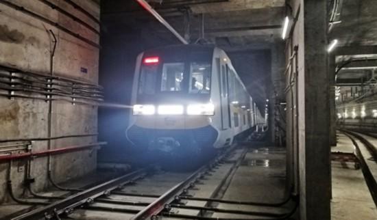"""开跑啦!成都地铁9号线、17号线列车完成""""热滑""""实验"""