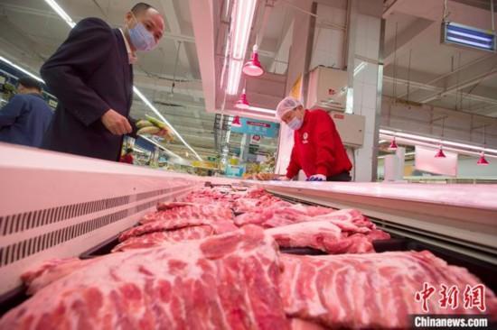 国家发改委:猪肉价格较2月份降逾两成