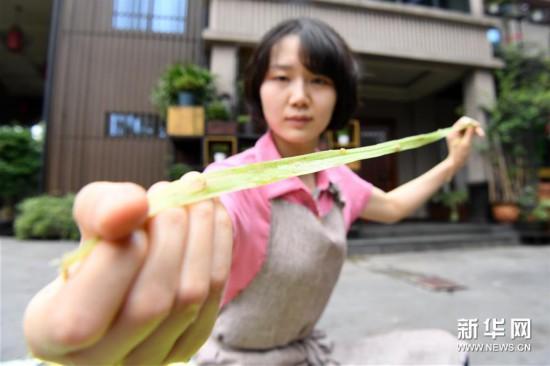 (文化)(1)重庆荣昌:古老夏布迎新生