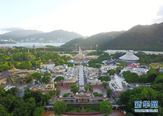 (社会)(1)香港迪士尼乐园6月18日重开