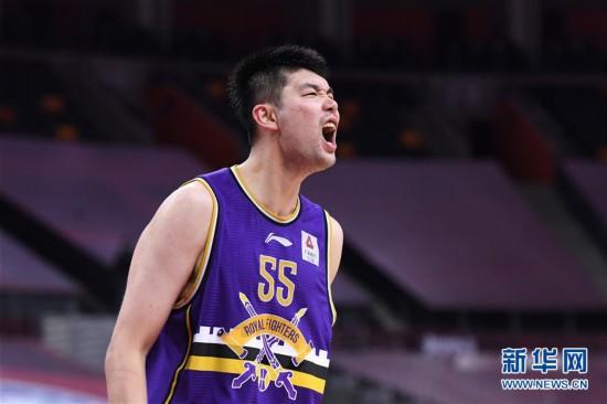 (体育)(5)篮球――CBA复赛第一阶段:北京控股胜山东西王