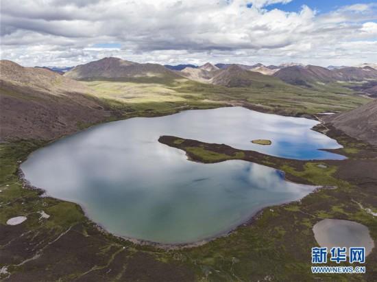(美丽中国)(3)西藏:思金拉错美景引游人