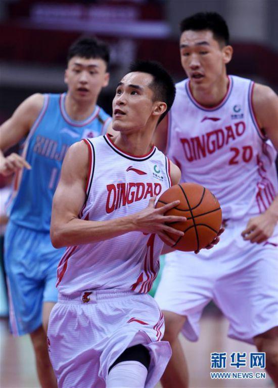 (体育)(3)篮球――CBA复赛第一阶段:新疆伊力特胜青岛国信双星