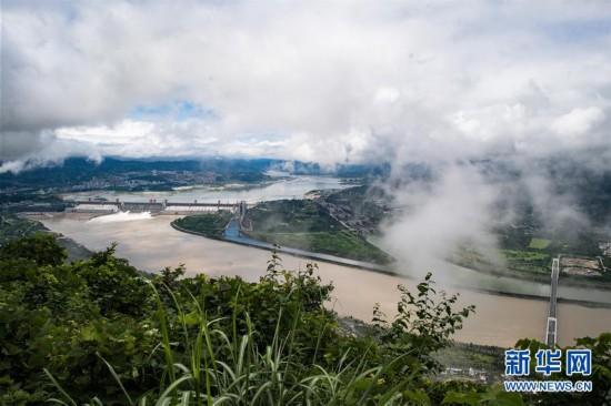 (环境)(5)三峡工程今年首次泄洪 近期或迎新一轮洪水