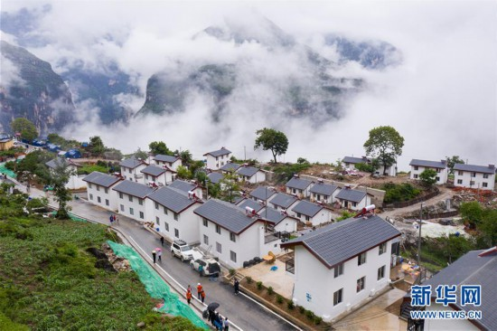(图文互动)(12)我国最后一个具备条件通硬化路的建制村阿布洛哈村通车了
