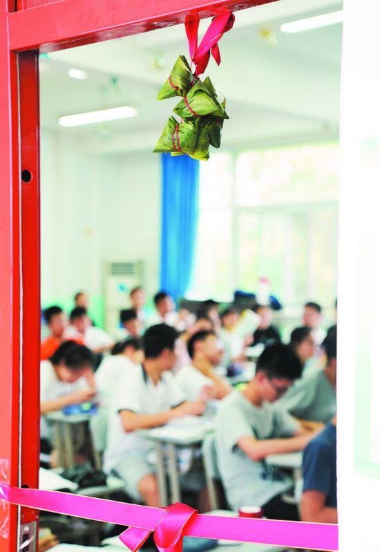 """安徽合肥:""""最后一课"""" 创意满满、温情十足"""