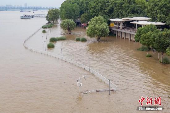受上游来水影响长江南京段水位持续上涨