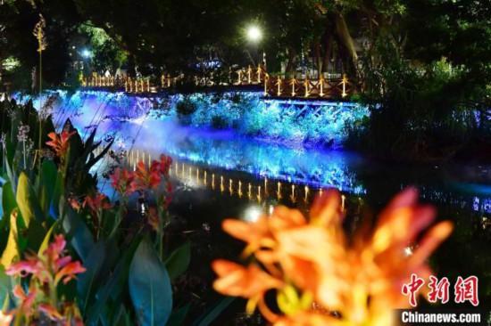 福州:河道夜色如梦似幻