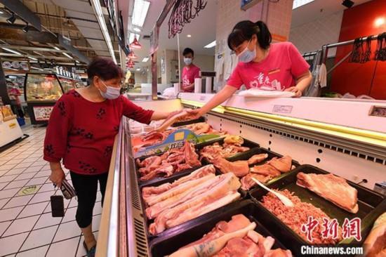 南方洪涝灾害推高猪肉价格 6月以来中国生猪价格连续上涨
