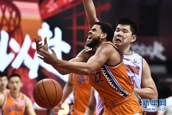 (体育)(3)篮球――CBA复赛第二阶段:上海久事胜四川五粮金樽