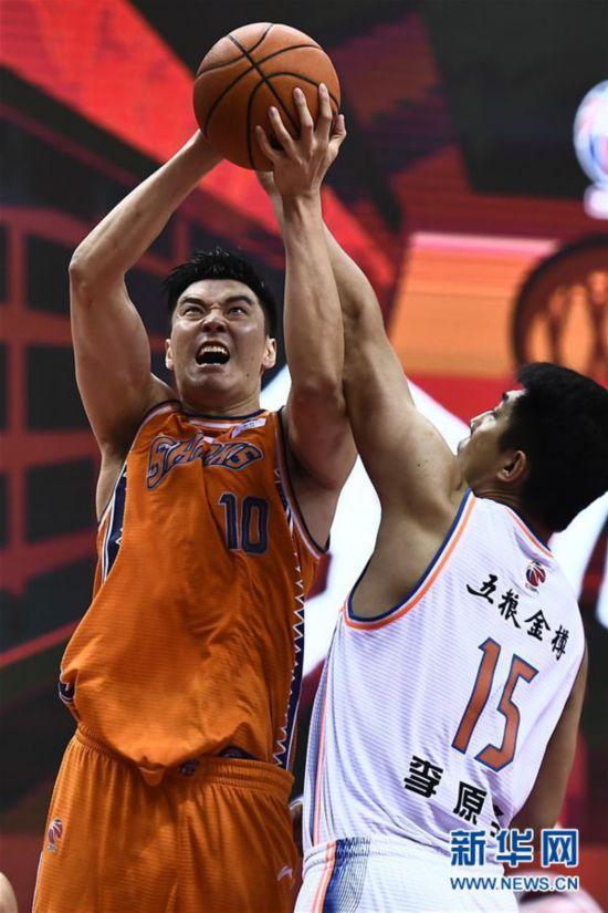 (体育)(7)篮球――CBA复赛第二阶段:上海久事胜四川五粮金樽