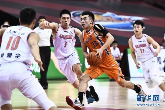 (体育)(10)篮球――CBA复赛第二阶段:上海久事胜四川五粮金樽