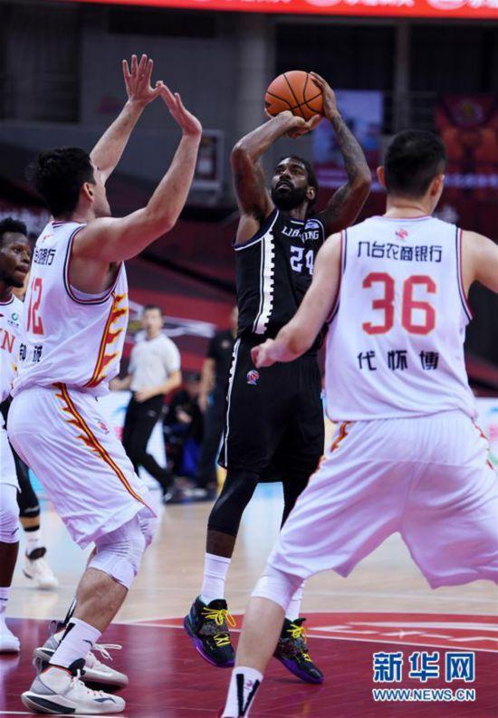 (体育)(17)篮球――CBA复赛第二阶段:辽宁本钢胜吉林九台农商银行