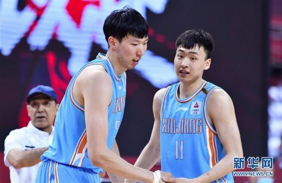 (体育)(11)篮球――CBA复赛第二阶段:新疆伊力特胜北京控股
