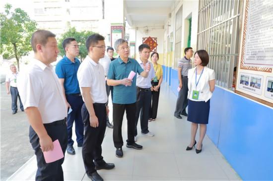 新会区领导到宁明县开展考察工作