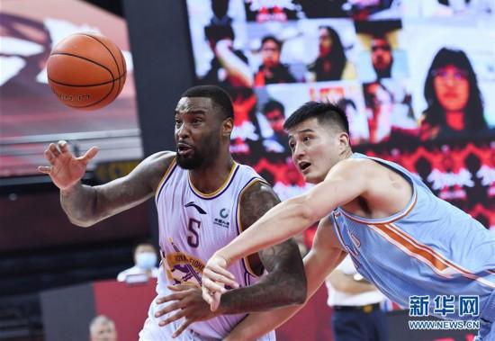 (体育)(3)篮球――CBA复赛第二阶段:新疆伊力特胜北京控股